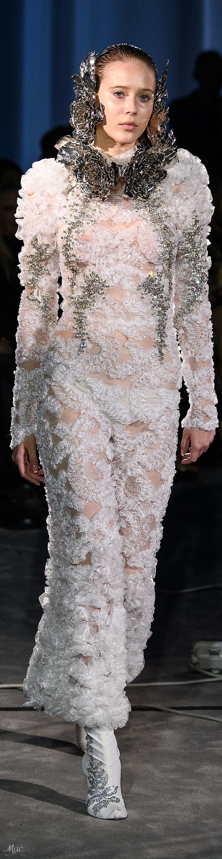 Spring 2018 Haute Couture Francesco Scognamiglio