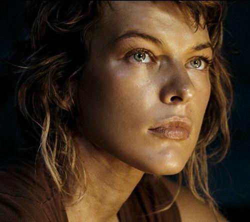 Resident Evil Extinction_Milla Jovavich (Alice)