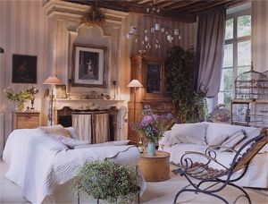 laon aisne meubles anciens armoires vaisselles achat et vente de meubles et bibelots neufs et d. Black Bedroom Furniture Sets. Home Design Ideas