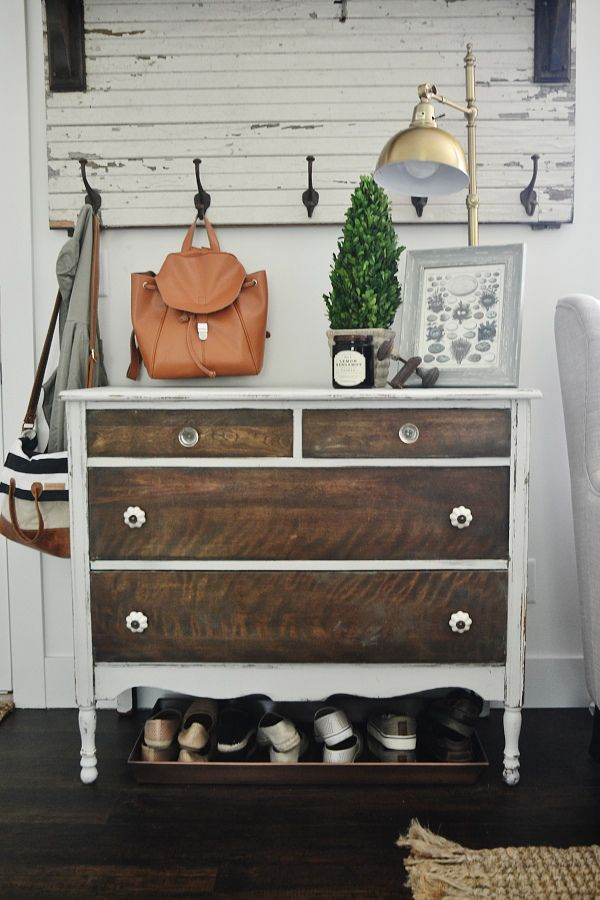 I love this two toned dresser! Maybe I can find something in a yard sale to paint!