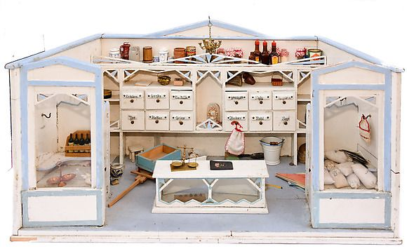 19 best bill robertson images on pinterest dollhouses doll houses and dollhouse miniatures. Black Bedroom Furniture Sets. Home Design Ideas