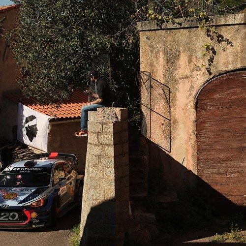 Motori: #WRC17 #Tour #de Corse:  Neuville (Hyundai) Finalmente & Strepitoso (link: http://ift.tt/2oOS09U )