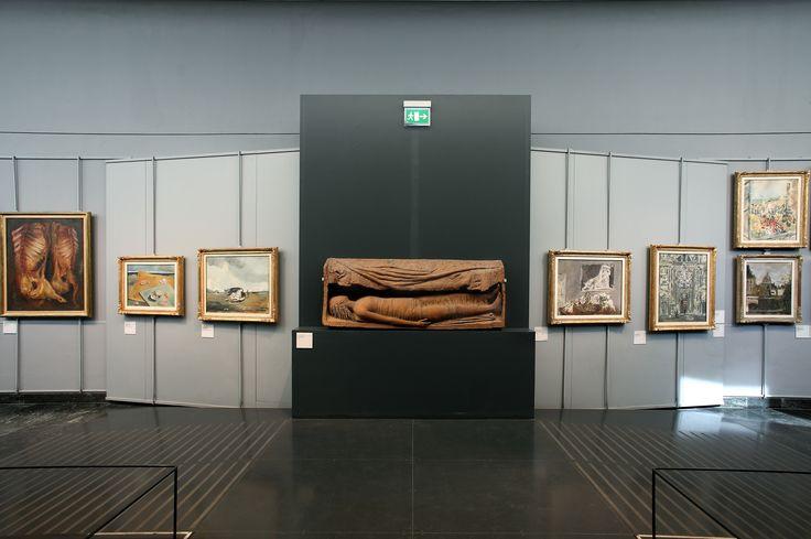 Ofelia di Arturo Martini, detta Tomba di Giovinetta, in mezzo alle opere  di Filippo de Pisis. #NBTWart #MiBACTsocial