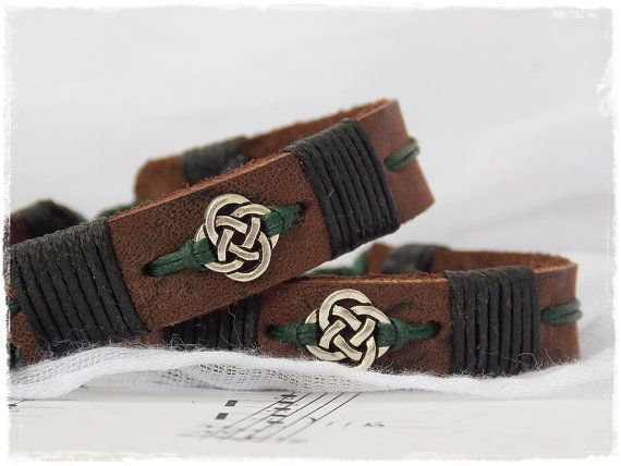 Gaelic Leather Cuff Bracelet With Celtic Knot For Him, Irish Leather Bracelet, Nordic Leather Bracelet, Celtic Jewelry, Elven Leather Cuff