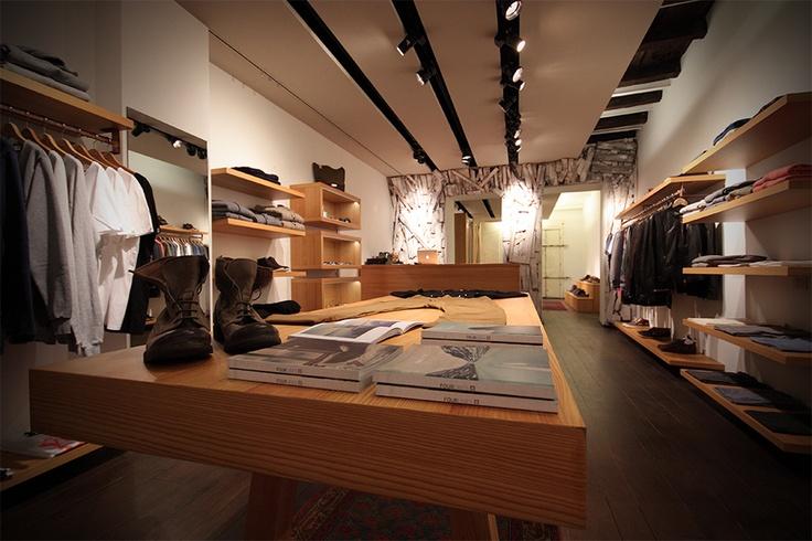 Sartoria Vico @ Dictionary Store | Milano  #sartoriavico #stores #niceshop #knitwear #milano #theplacetobe #retailer #niceplace
