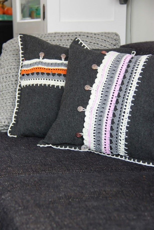 Gehaakte kussens met  | great pillows with crochet and blanket stitching