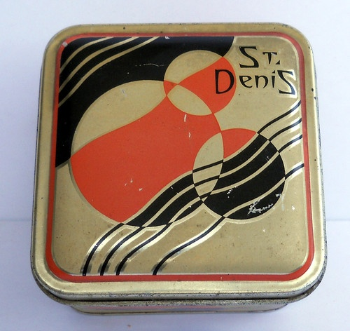 Vintage luxor cosmetic tins
