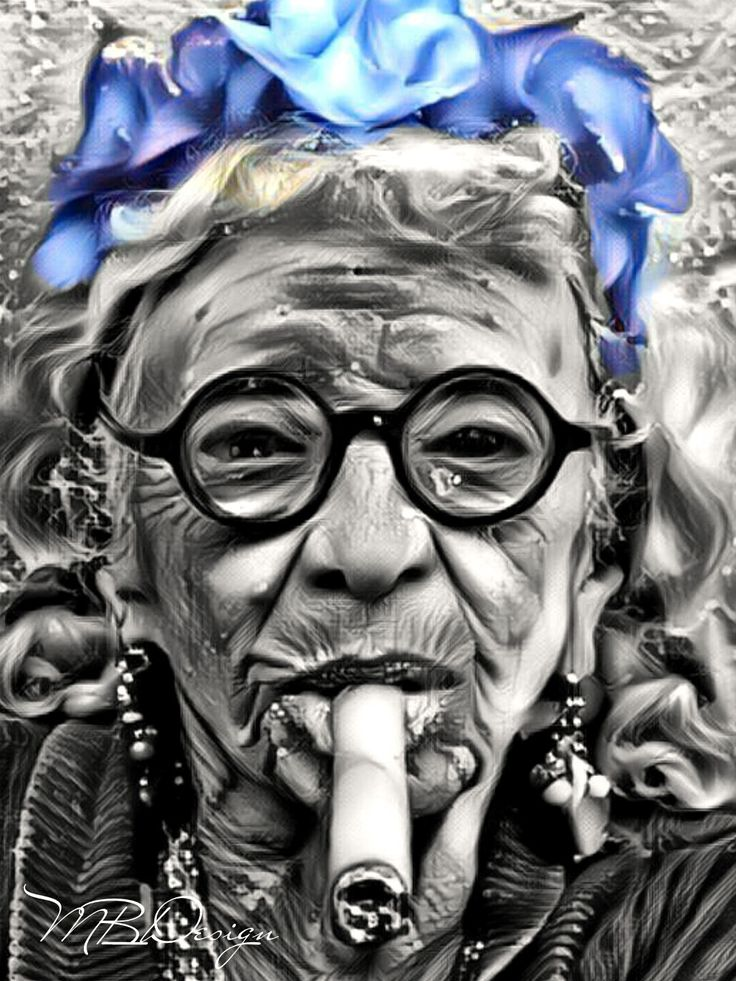 Old Cuban Lady toking on a Cuban Cigar
