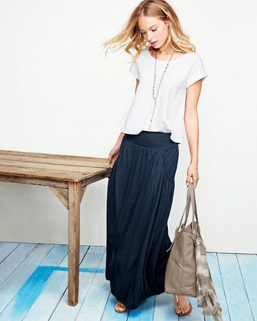 Our maxi skirt is long on details for maximum impact: a double-layer waistband to fold down or not, front pockets trimmed with cording, seaming for definition, and a hem that's banded a bit for a slightly closer fit. We've made sure the volume is swingy without being too voluminous. Pair it with our Cropped Boxy Knit Top for an effortless summer outfit.