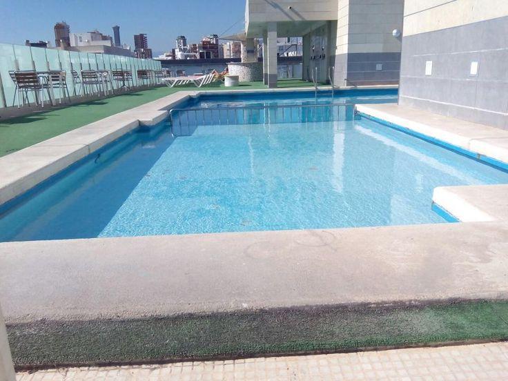 PISCINA - Instalaciones Hotel Oasis Plaza