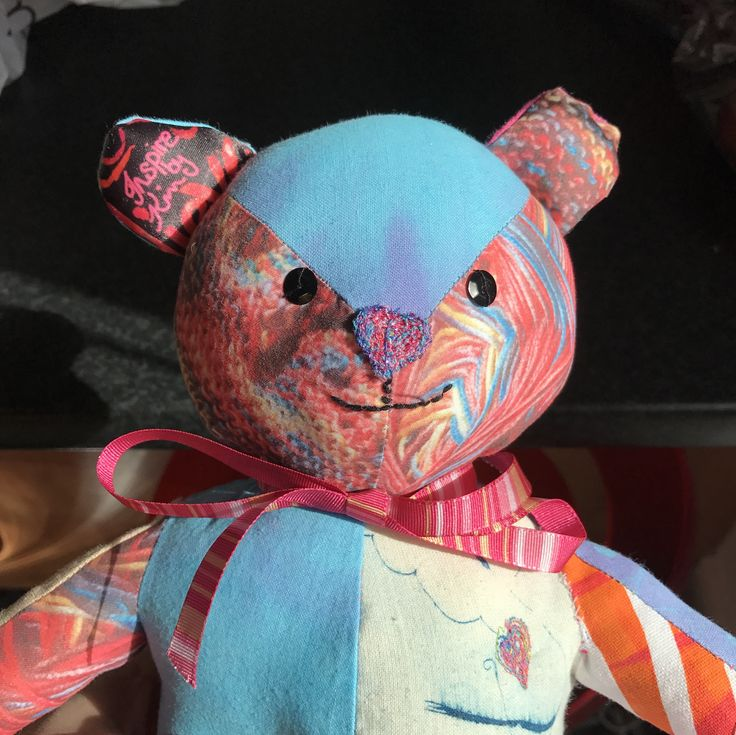 I'm proud to introduce the completed Inspire by Kim bear. Made from fabrics I designed created using batik, sublimation, tie dye and dry point printing.  http://bit.ly/2nfw0jv  #bear #patterncamp #sewfun #makeartthatsells #uplifting #craft #batik #inspirebykim #kimk #craftseller #molliemakes #sheffieldartist #sheffcol #bernina #colourful #softtoy #colorhug #sewing