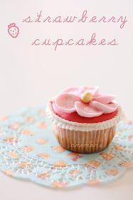 :: Strawberry cupcakes: cupcakes alla fragola :: / [ Anemone in Cucina ]