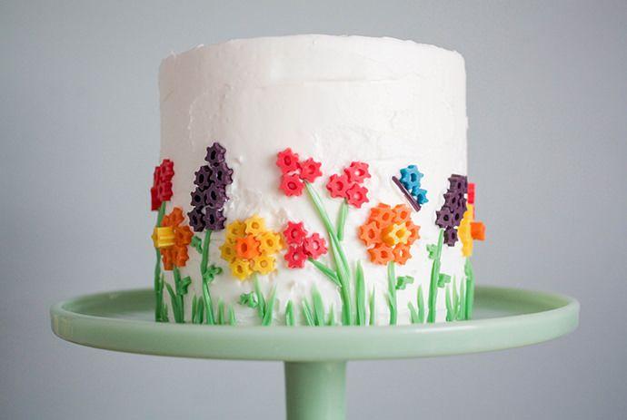 Genius cake decorating idea: make flowers from cut Twizzler slices | Handmade Charlotte.
