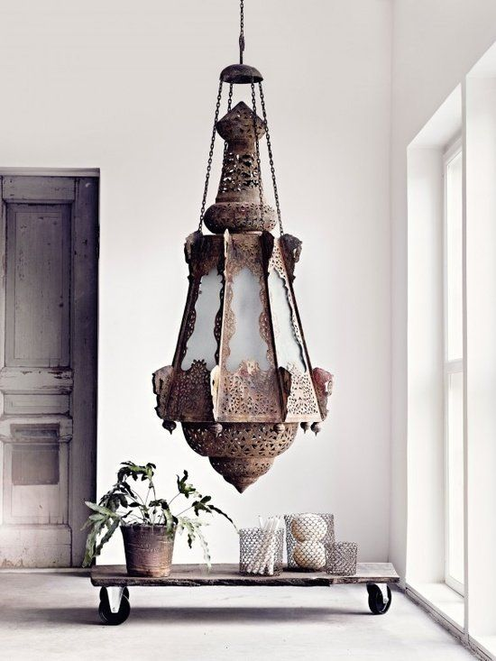 Great light...Stylist Marie Olsson Nylander...LIA Leuk Interieur Advies/Lovely Interior Advice:
