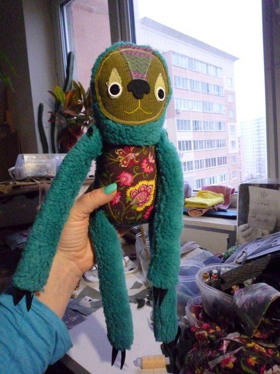 Tabb Лень, мягкий искусство существо, мягкая игрушка по Wassupbrothers, бирюзовый красочные Пейсли, детская декор, коллекционирования.  СДЕЛАНО НА ЗАКАЗ