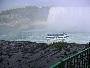 Cascate del Niagara - Le cascate del Niagara e il Maid of the Mist