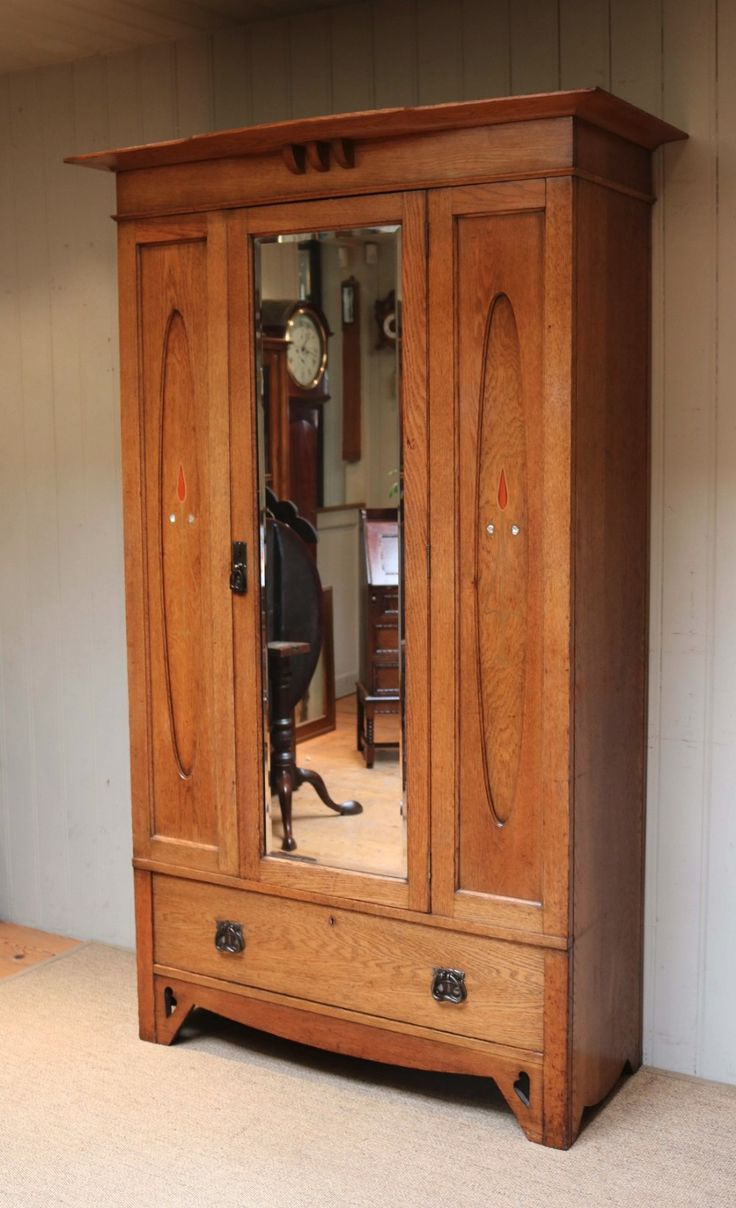 Arts And Crafts Solid Oak Wardrobe