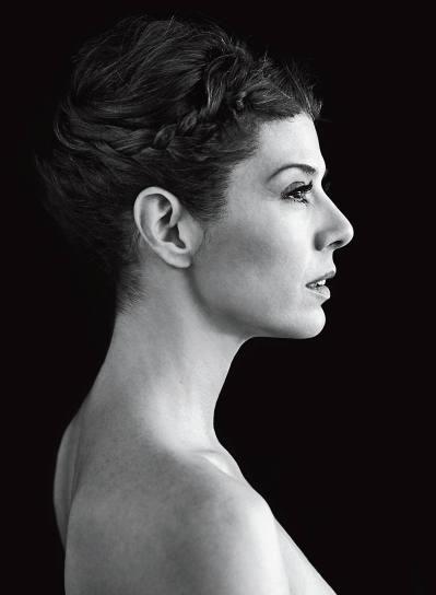 Marisa Tomei (born December 4, 1964)