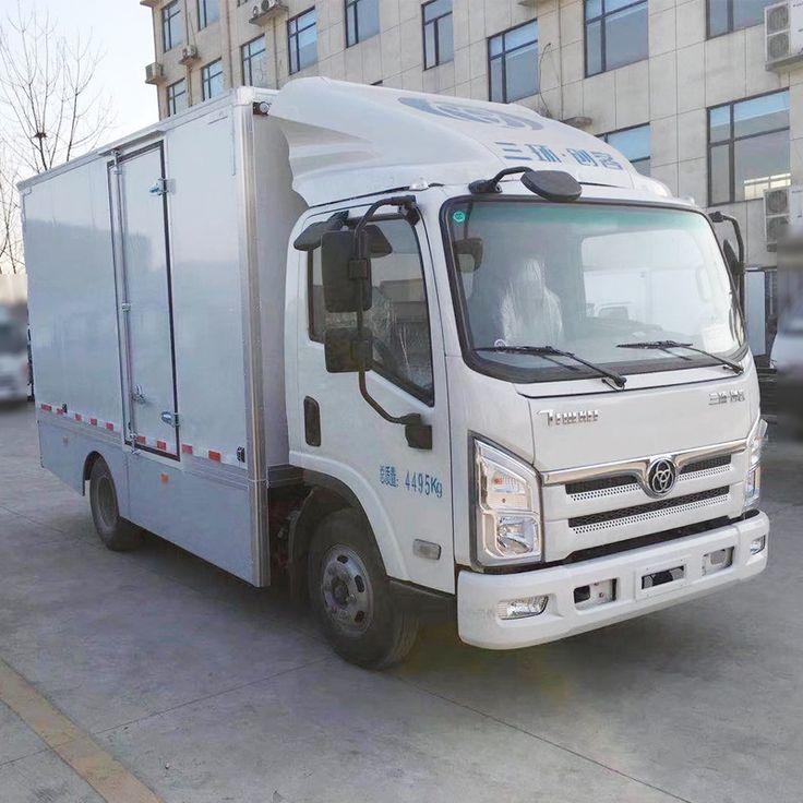 Hot Sale 4X2 LHD Diesel 140hp 4 Ton Dry Van Box Cargo Truck