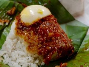 Nasi Lemak @ No. 5, 6 & 7 Jalan Kolam Air Lama, Ampang Jaya - courtesy of HungryGoWhere