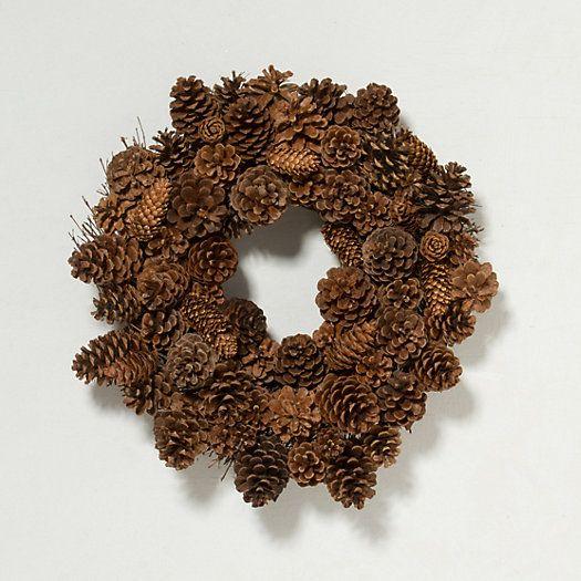 Nice multi-variety pinecone wreath for Christmas❣