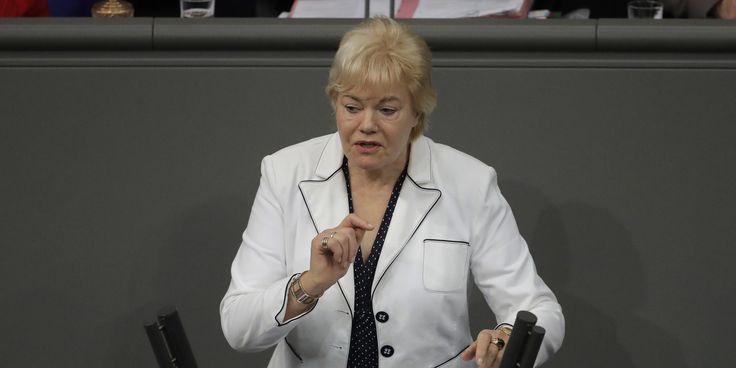 In ihrer letzten Rede im Bundestag hat Erika Steinbach die Abstimmung über die Ehe für alle kritisiert Doch das letzte Wort hatte Bundestagspräsident Norbert Lammert Lammerts starke R