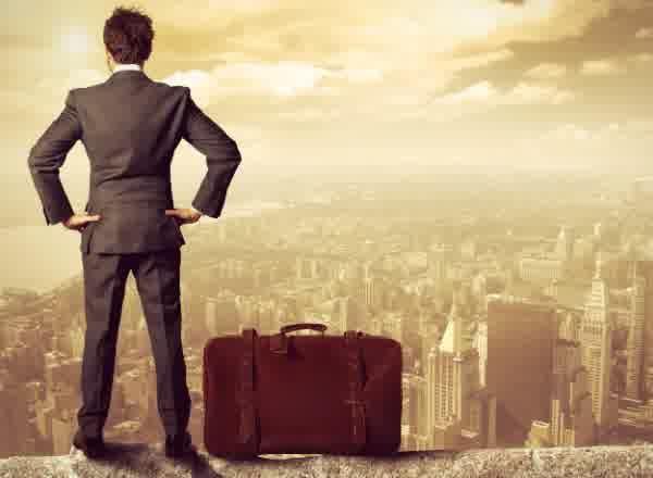 5 Alasan Kenapa Orang Yang Hobi Travelling Memiliki Persentase Sukses Lebih Besar   PiknikDong