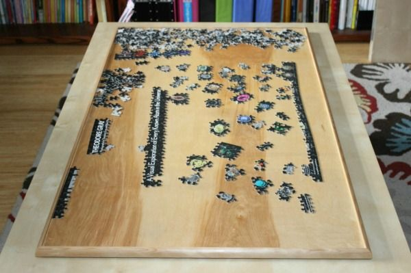 This is a guide about making a puzzle board. A puzzle board with a raised edge provides the prefect surface to work on you puzzle and the edges help to prevent loss of pieces.