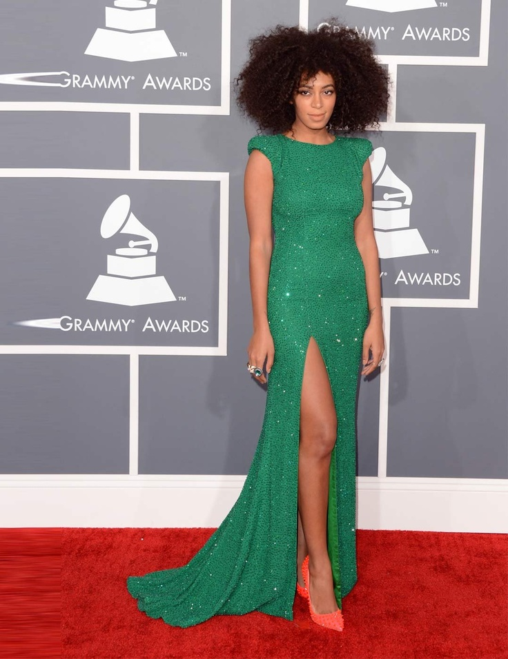 Solange Knowels in Ralph & Ruso Couture at Grammy Awards 2013 | ELLE UK