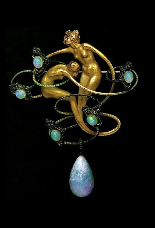 RENÉ LALIQUE | An Art Nouveau Gold, Opals and Enamel Brooch (n.d.)
