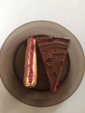 Meggyes-csokis torta