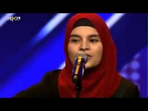 Hollanda'yı sallayan türbanlı Türk yarışmacı! - YouTube
