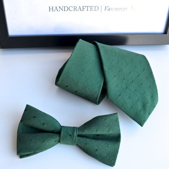 Emerald Green Bow Tie by BeauxAccessories on Etsy