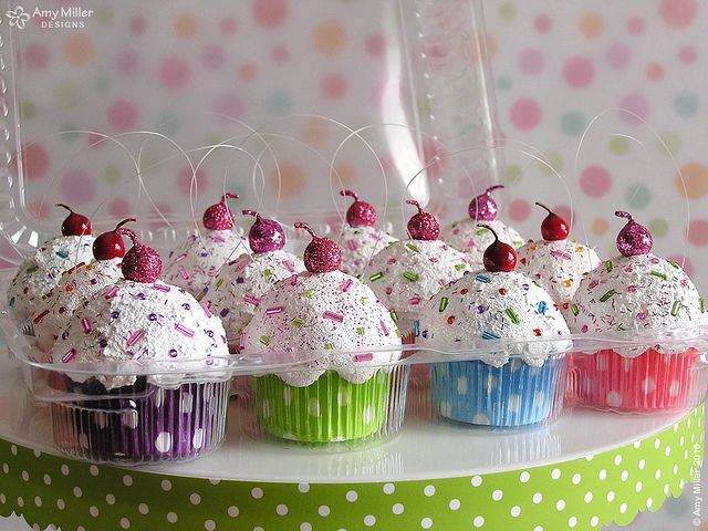Ornaments: Cute Cupcakes, Cupcakes Ornaments, Cupcakes Decor, Diy Gifts, Christmas Decor, Christmas Ornaments, Christmas Trees Ornaments, Minis Cupcakes, Christmas Cupcakes