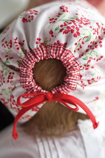 Sew Beautiful Reversible Baby Bonnet Tutorial +