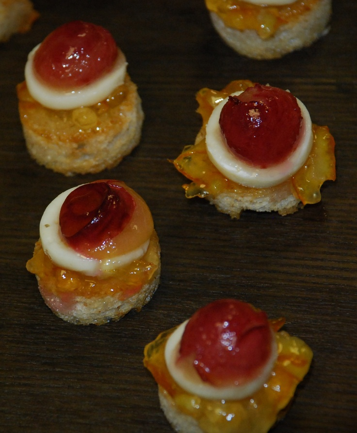 104 best images about canape on pinterest bacon wrapped for Canape bread mold