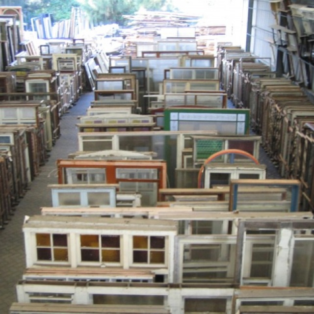 Heritagebuilding.com.au - reclaimed windows, doors, fireplace mantels, building materials