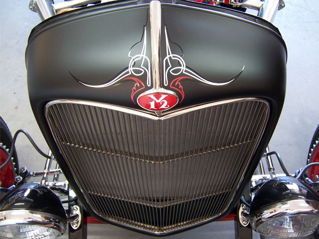 frenchy-hot-rod-lincoln-32-roadster-grill-pinstriping ...