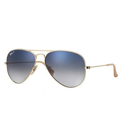 Die Sonnenbrille Ray-Ban Aviator Gradient hat die charakteristische Form, mit der alles begann.Ursprünglich für US-amerikanische Piloten entwickelt, zeichnet sich die Aviator durch eine Form aus, die zur Ikone geworden ist.Die angenehm mit Farbverlauf ab
