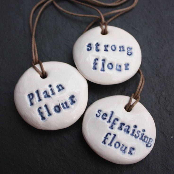 porcelain flour storage labels, for people who like pretty #organization