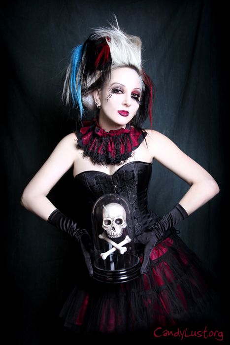Vampirefreaks #Goth girl model Chloe Von Creepy as photographed by Candylust.