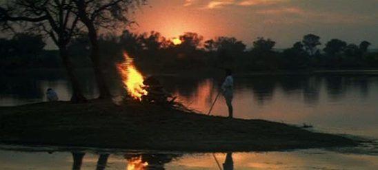 Google Image Result for http://artoflivingsblog.files.wordpress.com/2012/11/art-of-living-blog-siddhartha-burns-funeral-pyre.jpg