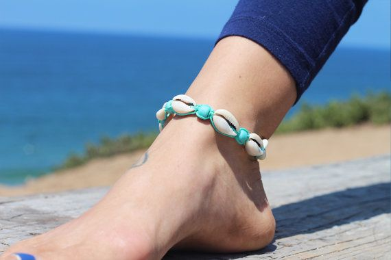 Kauri Shell Anklet hennep Enkelbandjes Beach door HempBeadery