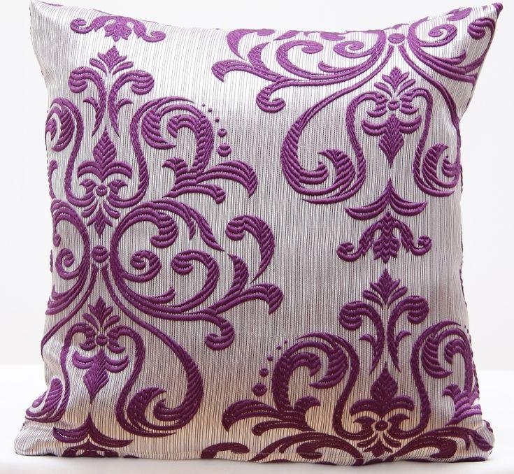Eksluzywna poszewka na poduszkę srebna z fioletowym ornamentem