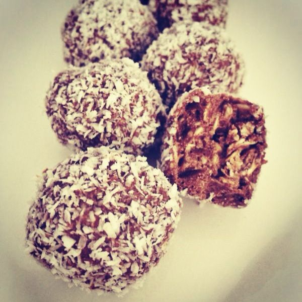 @healthygirlZA protein balls! #healthyliving #foodpics #nutrition #fitfam