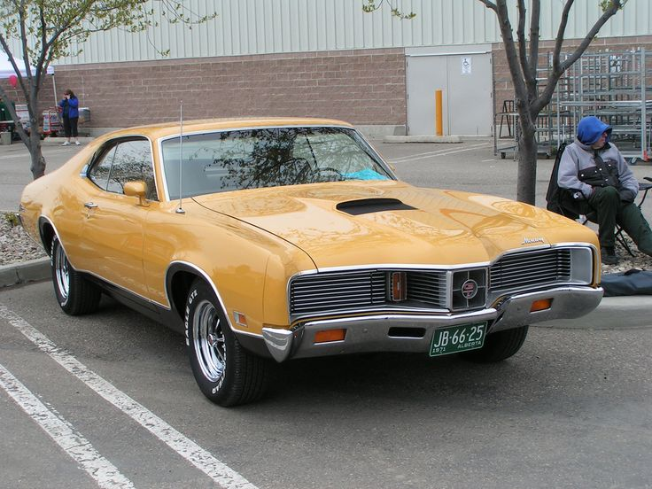This 1971 Mercury Cyclone GT has really nice, muscular lines. Why aren't these more sought after?