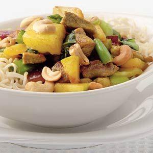 Recept - Noedels met paksoi en wokfruit - Allerhande