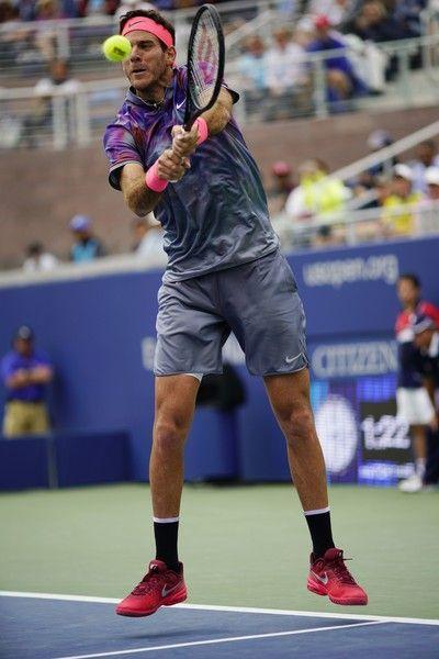 Juan Martin del Potro of Argentina returns the ball to Roberto Bautista Agut of Spain during their qualifying Men's Singles match at the 2017 US Open Tennis Tournament on September 2, 2017 in New York. / AFP PHOTO / EDUARDO MUNOZ ALVAREZ