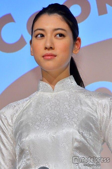 """(画像4/7) 三吉彩花、抜群のスタイル活かし""""アオザイ""""姿披露「大事な時に着たい」"""