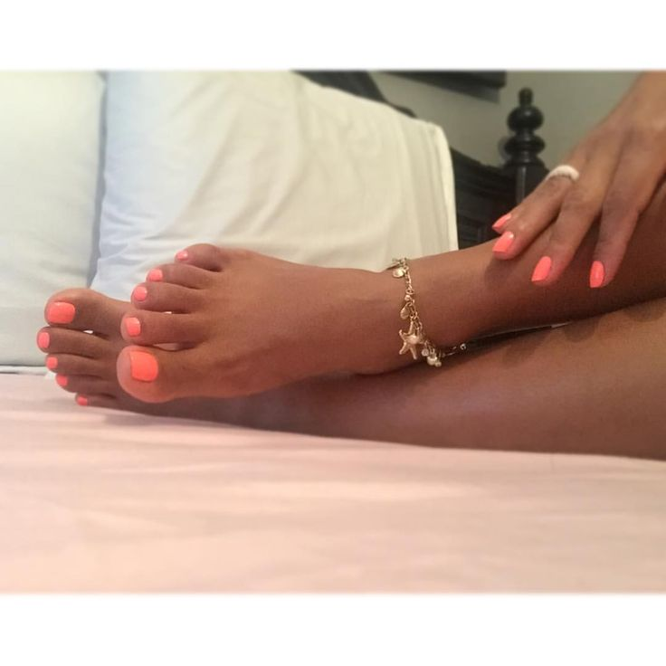 Bright ones  #neon #pedicure time ! #coral